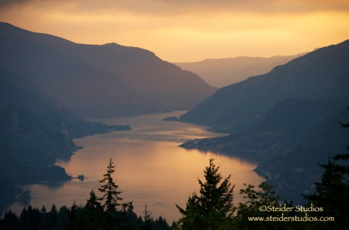 Steider Studios.Columbia River Gorge Smokey Sunset